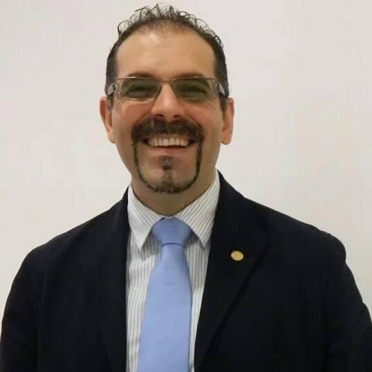 Prof. Muñiz